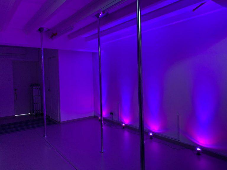 Studio 2 w/ Poles Setup